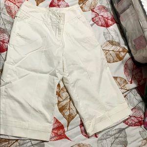 Ann Taylor size 4 white culotte